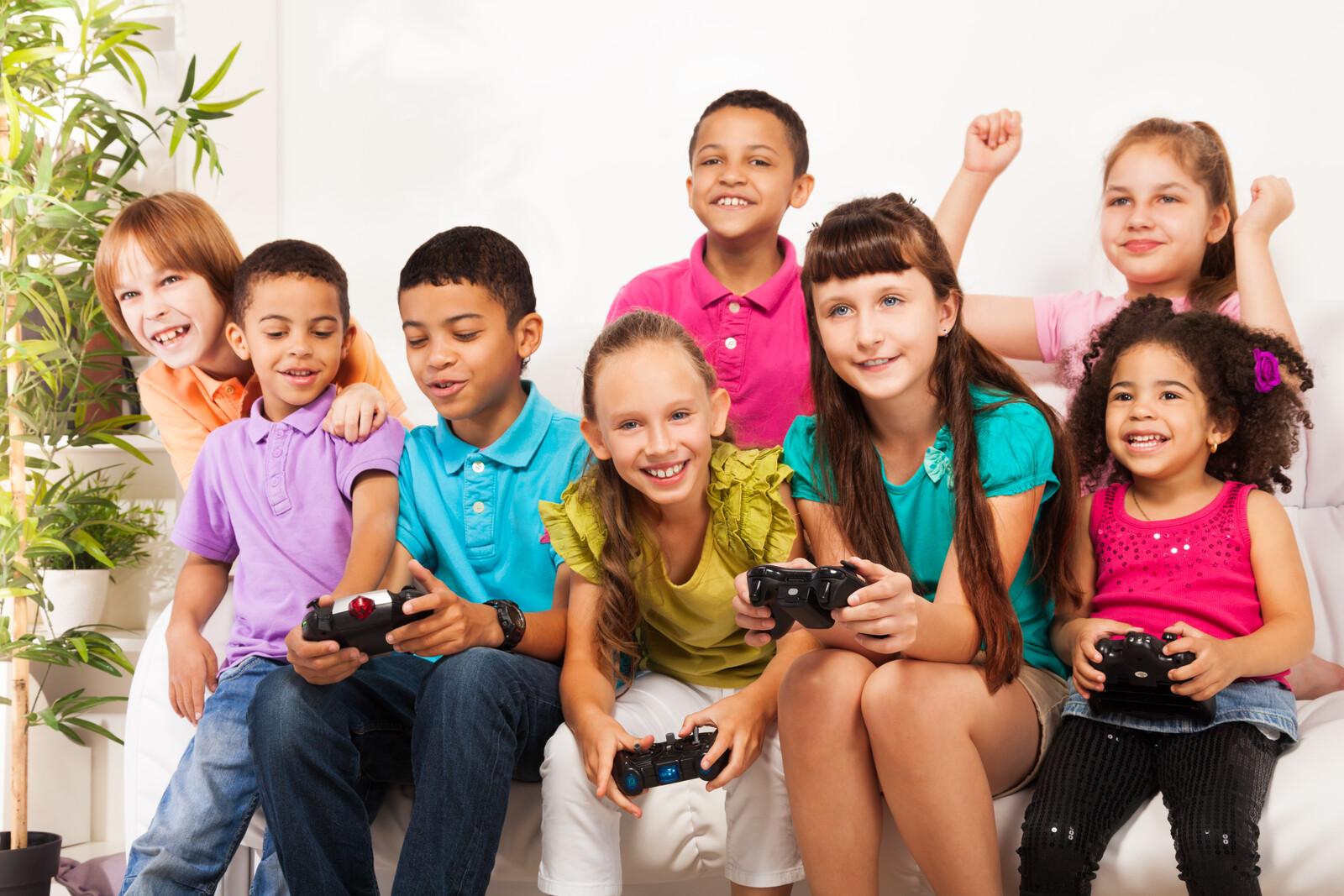 ANTES DE REGALAR UN VIDEOJUEGO, CONOCE SU CLASIFICACIÓN POR MEDIO DE PEGI (Pan European Game Information)